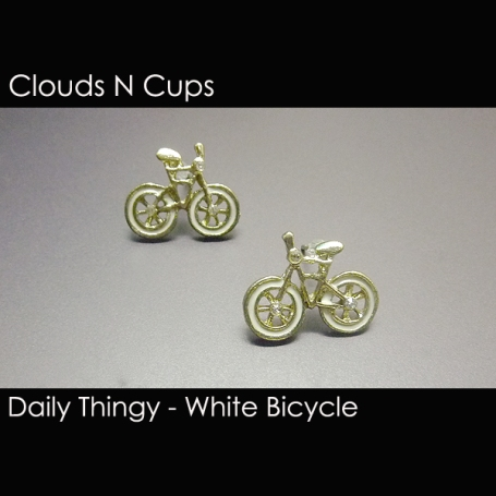 CNC-SE004 - WHITE BICYCLE